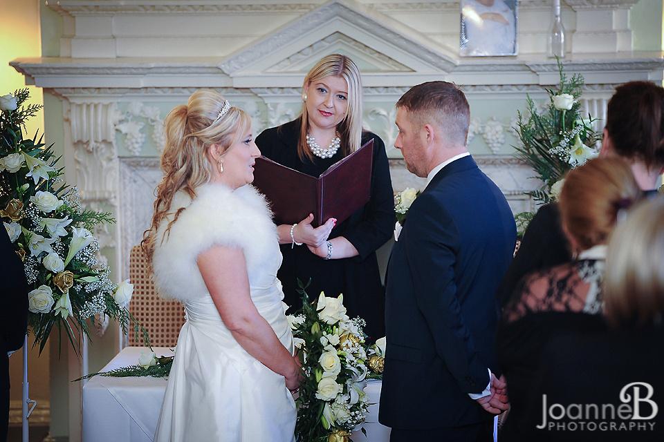 the-bridge-hotel-wedding-photographs-wedding-photography-the-bridge-hotel-joanneb-14