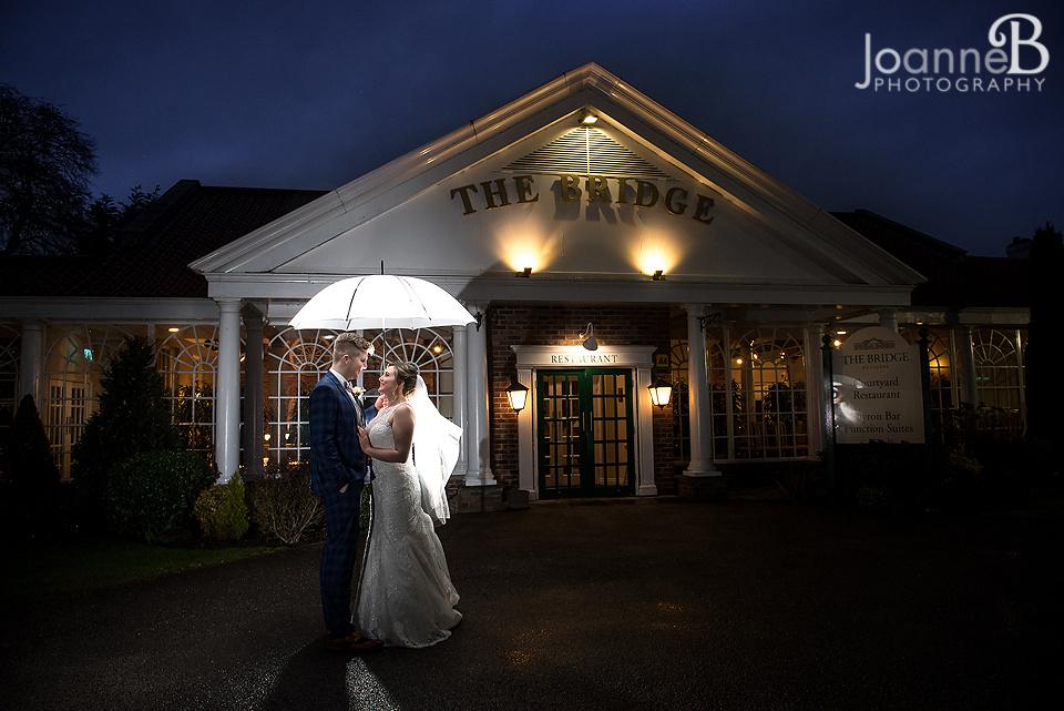 the-bridge-hotel-wedding-photographs-wedding-photography-the-bridge-hotel-joanneb-03