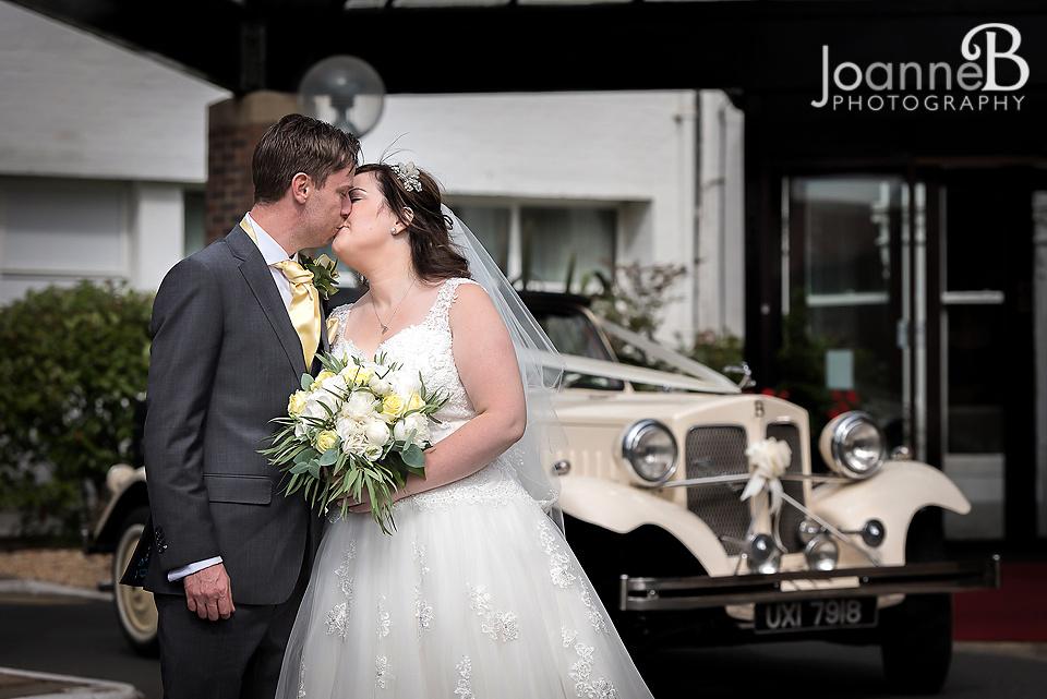 marriott-weddings-york-wedding-photographer-marriot-01
