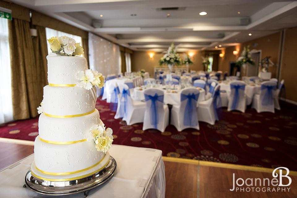 marriott-weddings-york-wedding-photographer-marriot-03